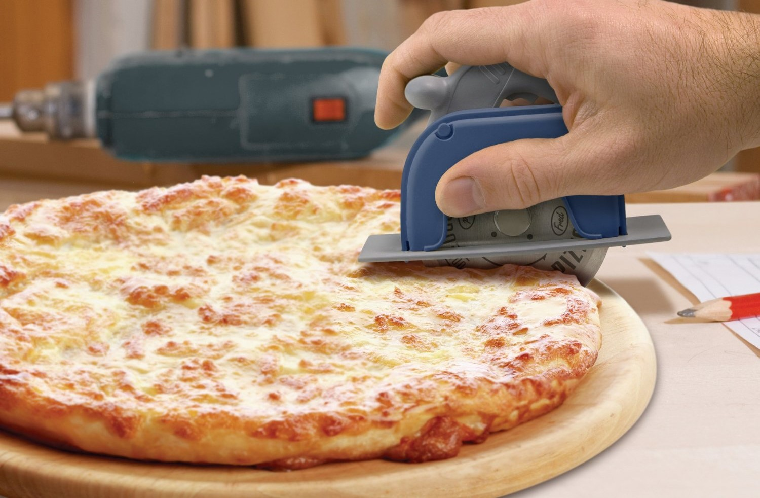 pizza boss 3000 the circular saw pizza cutter. Black Bedroom Furniture Sets. Home Design Ideas